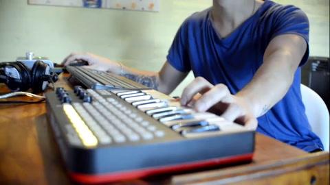Agustín Toffolini aprende todos los días para poder transmitir su música