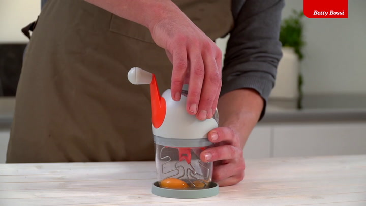 Preview image of Betty Bossi Sauce Maker video