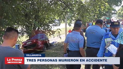 Tres personas murieron en accidente en Villanueva.