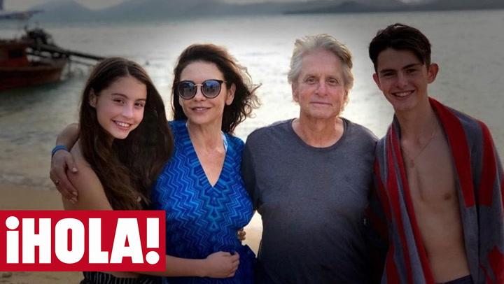 Así se divierten Michael Douglas y Catherine Zeta-Jones con sus hijos