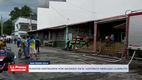 Puestos destruidos por incendio en el histórico Mercado Guamilito