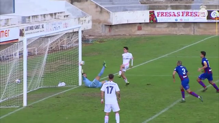 El Castilla salva un punto ante el Poblense (2-2)