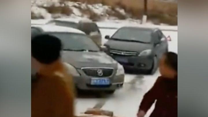 Snøfall skapte kaos i svingen