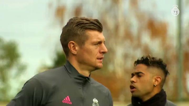 El Real Madrid se entrena pensando en el Valencia