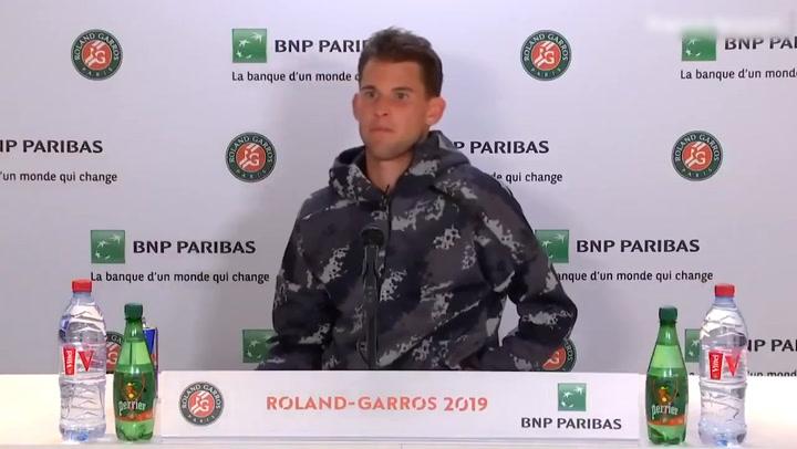 ¡Cabreo en Roland Garros: Echan a Thiem para no molestar a Serena Williams!