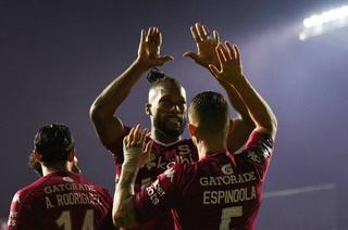Saprissa suma ventaja mínima en la ida de semifinales ante Alajuelense con Alex López de titular