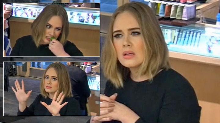 Adele sjokkerer: Lot seg styre av Ellen DeGeneres