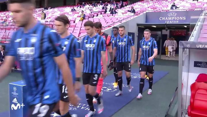 Champions League Atalanta-PSG. Los equipos saltan al terreno de juego