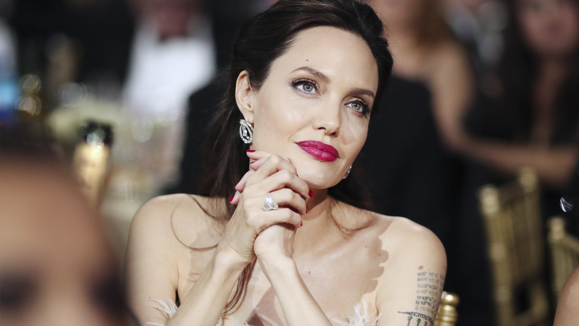 Angelina Jolie, de la alfombra roja a los campos de ayuda humanitaria