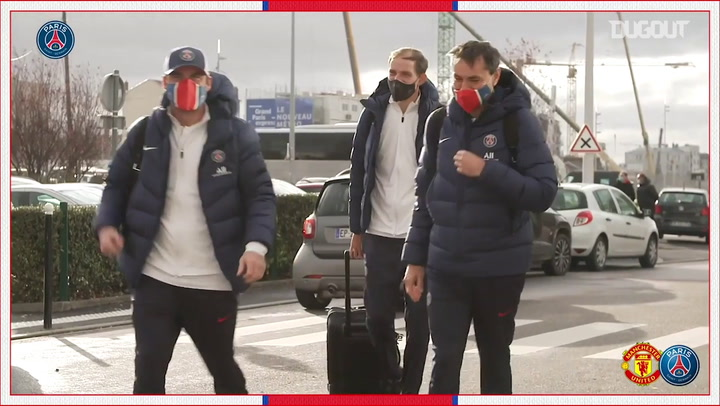 Bastidores da viagem do Paris Saint-Germain a Manchester