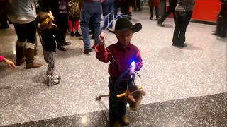 Cowboy chic at the National Finals Rodeo – Video