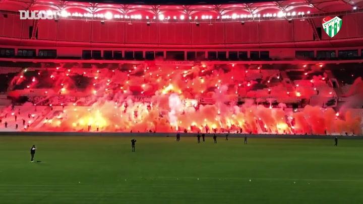 Bursaspor celebra aniversário de 57 anos