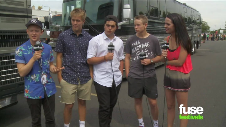 Festivals: Warped Tour 2013:  Emily's Army Interview