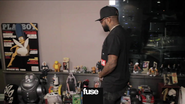 Interviews: Jermaine Dupri Has a Stripper Pole in His Studio