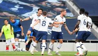 Tottenham se mantiene en carrera por Europa a costa del Arsenal