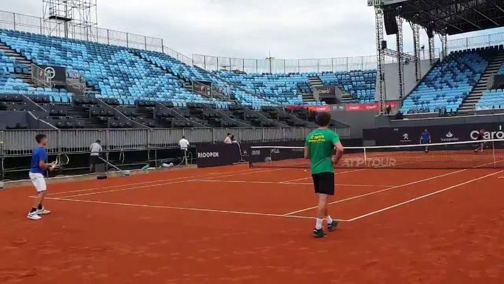 Así se entrena Carlos Alcaraz, la nueva promesa murciana del tenis