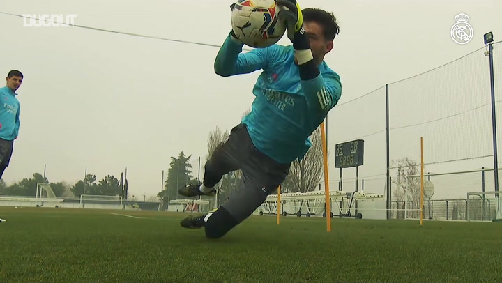 Goalkeepers training at Real Madrid City