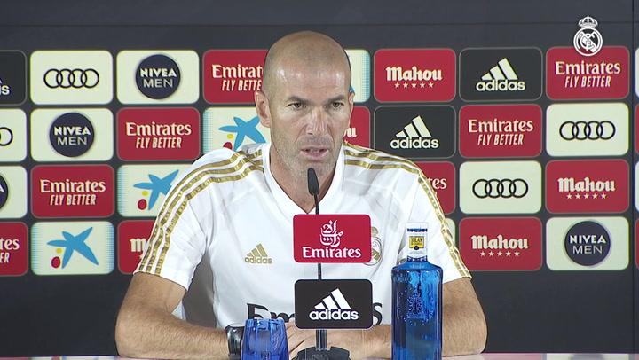 """Zidane: """"¿El Atleti el equipo del pueblo? Aquí la gente madruga y trabaja mucho"""""""