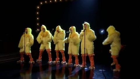Desopilante video de los Backstreet Boys vestidos de patos