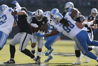Late Game Heroics Help Raiders Beat Lions 31-24 – VIDEO
