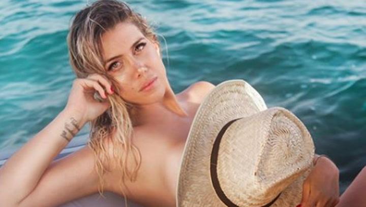 Wanda Nara se hace una sensual sesión de fotos en Ibiza
