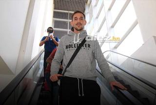 Matías Morales, nuevo fichaje de Olimpia, llega a Honduras para sumarse al club