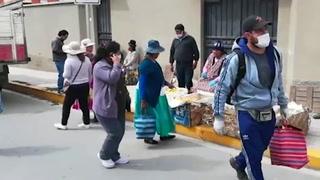 Vecinos de La Paz cambian hábitos de compra para conseguir alimentos bajo cuarentena