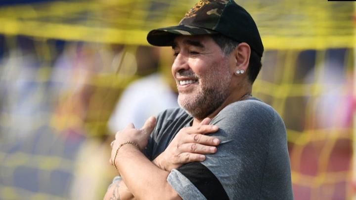 Fallece Maradona tras sufrir un paro cardiorrespiratorio