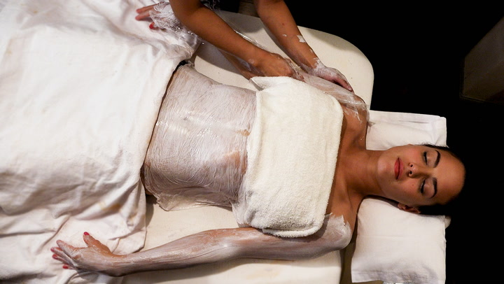 Watch Now How Does A Body Wrap Work
