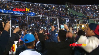 Los hinchas de Motagua celebraron a todo pulmón el nuevo título de la Liga Nacional.