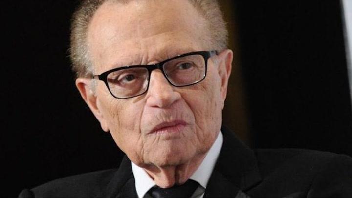 Larry King, famoso presentador de televisión, falleció a los 87 años tras complicaciones del COVID-19