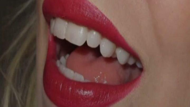 Hvordan påføre rød leppestift