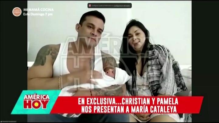 Christian Domínguez y Pamela Franco presentan en televisión a su pequeña María Cataleya