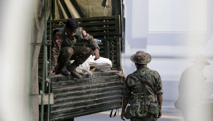 Golpe de Estado en Myanmar: el ejército toma el poder y detienen a la premio Nobel Aung San Suu Kyi