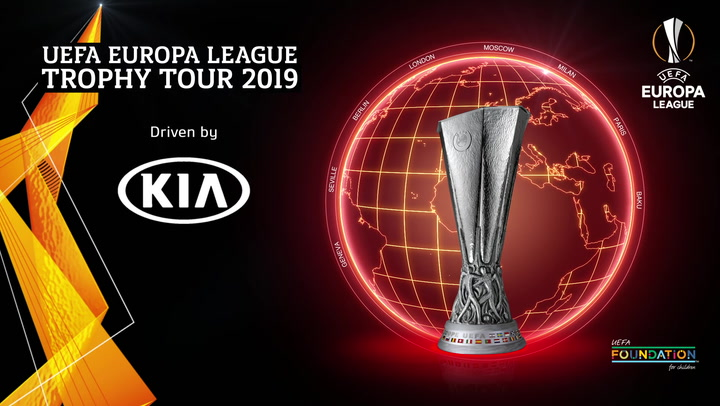 UEFA Europa League Trophy Tour 2019 | Seville | Kia