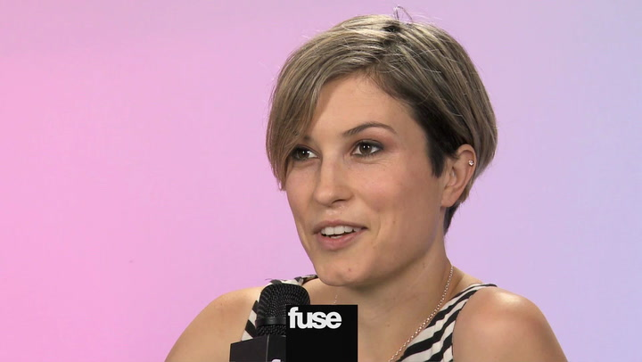 Interviews: Missy Higgins Talks About Touring With Gotye