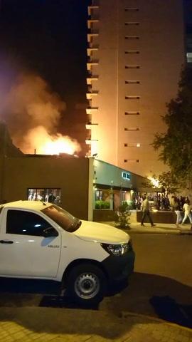 Se desató un incendio en la parrilla Viejo Balcón y debieron evacuar el lugar