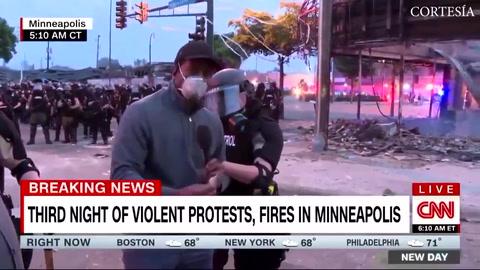 Periodista de CNN es detenido por la policía durante protestas