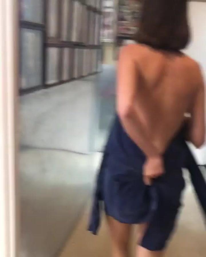 La hija de Uma Thurman, semidesnuda y borracha en un vídeo de Instagram