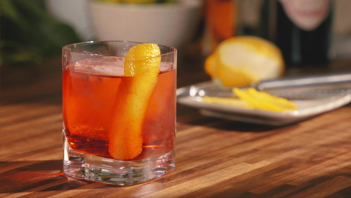 Cigars and Cocktails: The Boulevardier