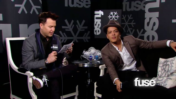 Fuse Presents: Jingle Ball: Is Bruno Mars the Sexiest Man Alive?