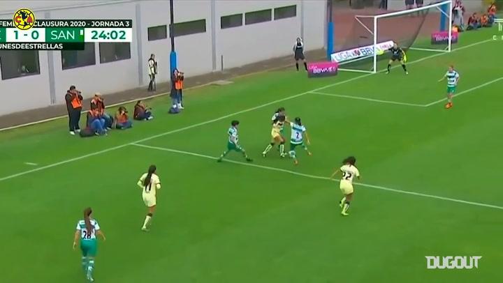 Alexia Villanueva opens the scoring vs Santos Laguna