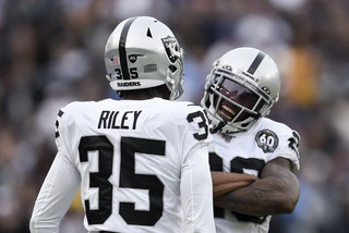 Raiders have to step up once more with a Playoff chance on the line – VIDEO
