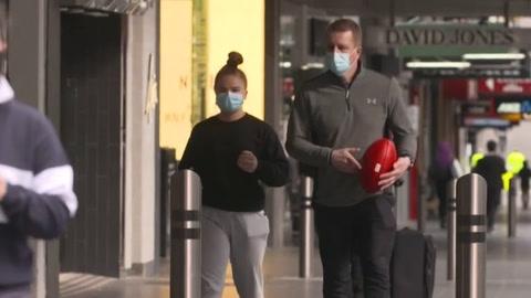 Melbourne en toque de queda, en medio de rebrotes de covid-19 en todo el mundo
