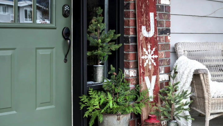 """Joanie 48/"""" Vertic Stencil Merry Christmas y/'all Winter Cabin Porch Holiday Sign"""