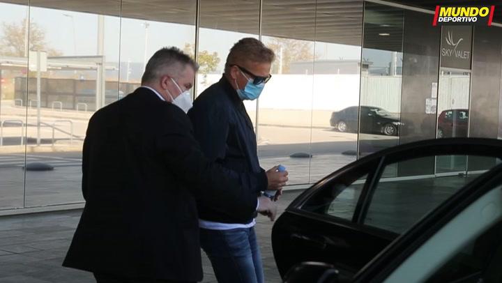 El padre de Haaland y el representante Mino Raiola, en Barcelona