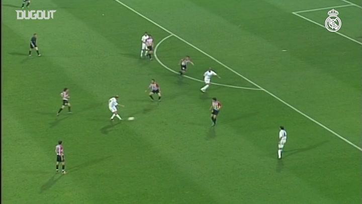 Best Assists: Zinedine Zidane For Ronaldo Nazario