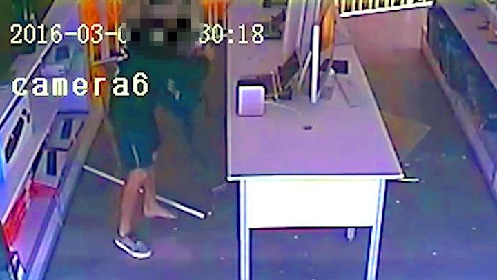 Politiet gjorde narr av klønete tyv