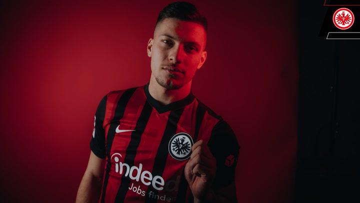 Jovic ya se encuentra en Francfurt con su nuevo club, el Eintracht