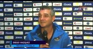 Diego Vázquez se pelea con una periodista cuando le recuerda que su equipo también pierde tiempo